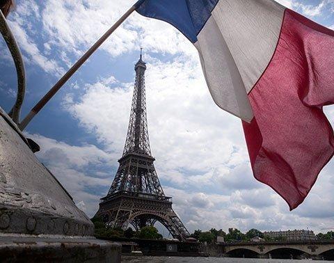 Во Франции трое мужчин получили тюремный срок за антисемитское нападение