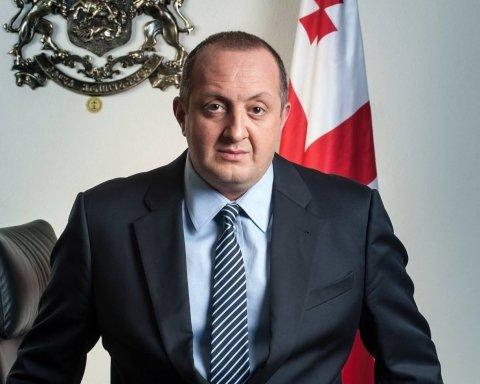 Президента Грузии оштрафовали: штраф оплатит народ