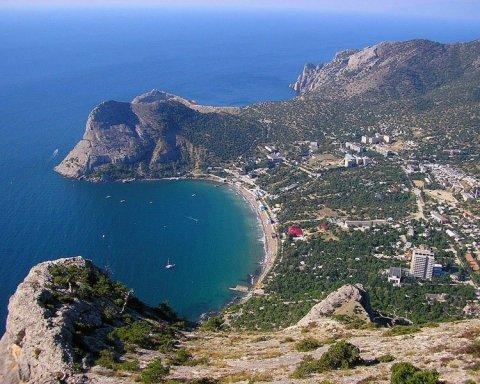 Справжня пустеля: у мережі показали фото популярного кримського курорту