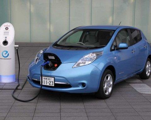 Українці почали масово пересідати у електромобілі