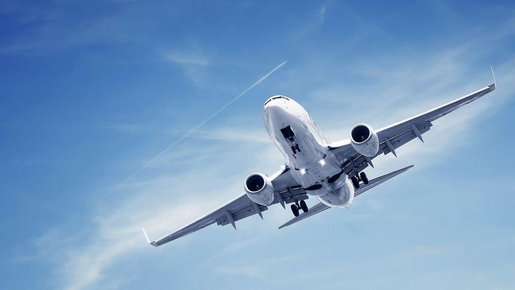 Украинцы стали намного чаще летать самолетами, — Госстат