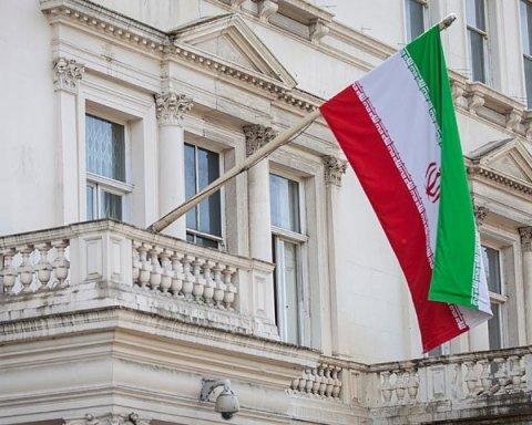"""""""Ви пошкодуєте"""": Іран радить США не грати з вогнем"""