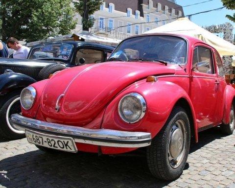 В Одесі пройшов фестиваль ретро-автомобілів