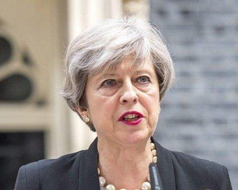 Мей заявила, що Brexit може і не відбутися