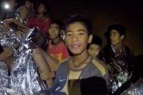 В Таиланде вызволили всех «пещерных детей»