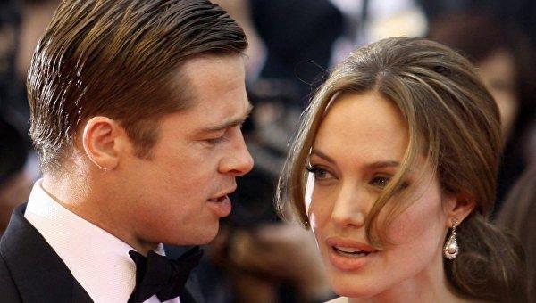 """Бреда Пітта звинуватили у несплаті аліментів: Джолі найняла """"детектива"""""""