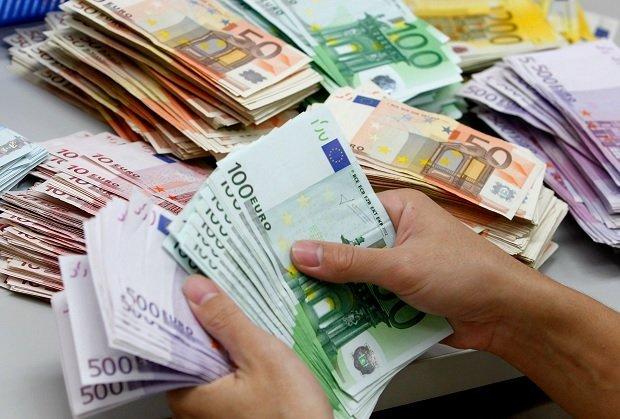 Українські чиновники отримали мільярд євро ЄС: на що витратять гроші