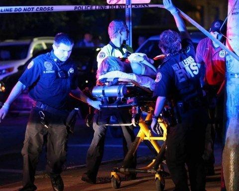 В США расстреляли толпу людей: трое погибших