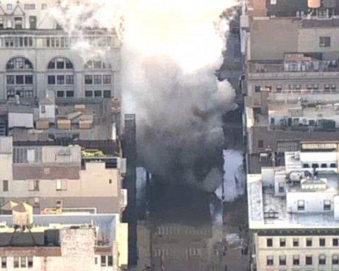 У центрі Нью-Йорка прогримів вибух, йде евакуація