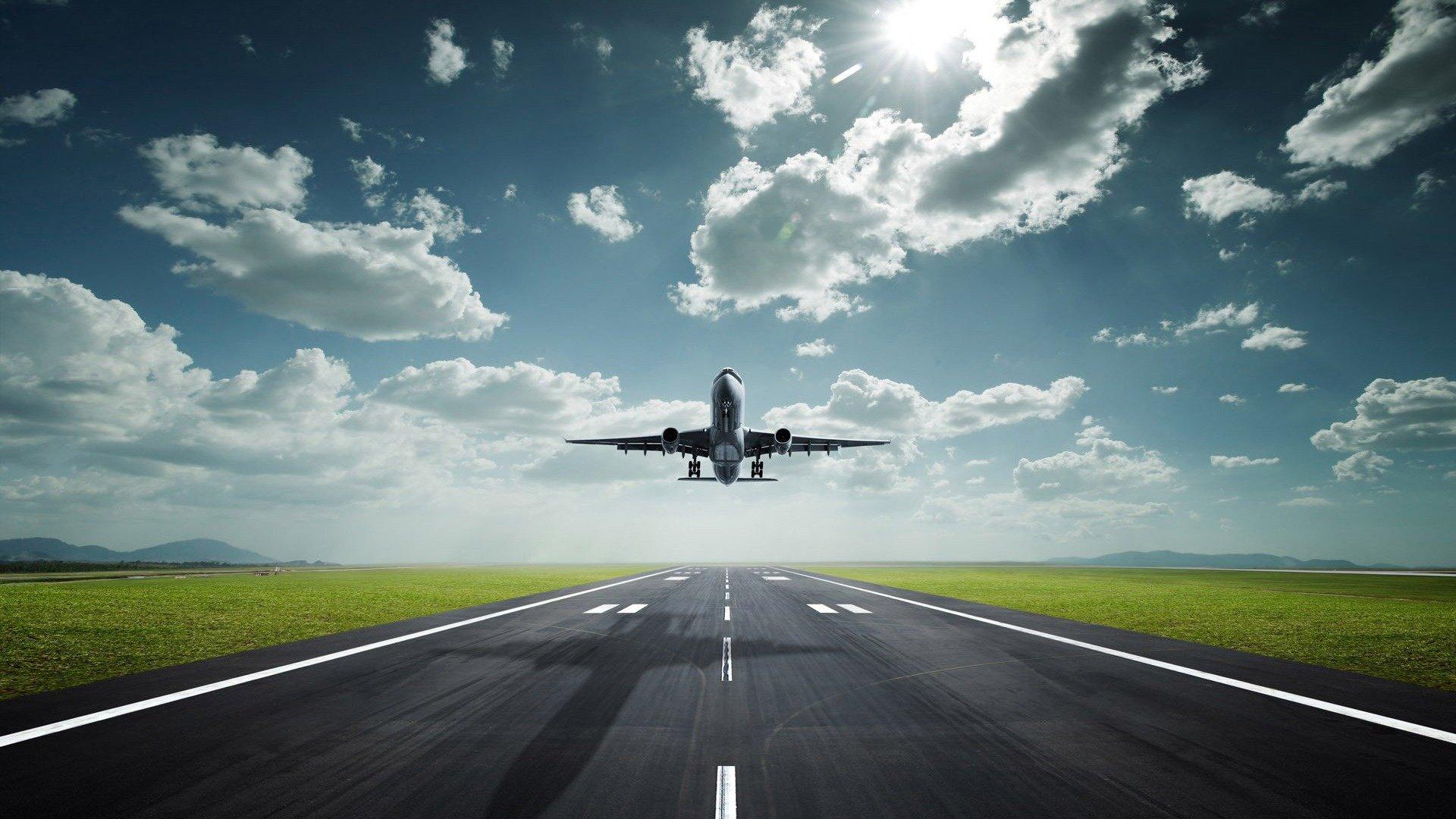Аэропорт Ганновера закрыли из-за аномальной жары