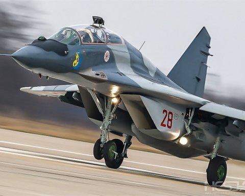 У Польщі розбився військовий літак, є загиблі: перші подробиці