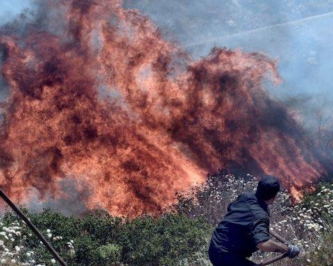 Ледве вибралися: нардеп опинився у вогняній пастці в Греції