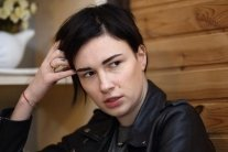 Певица Анастасия Приходько требует от Порошенко полмиллиона: стало известно почему