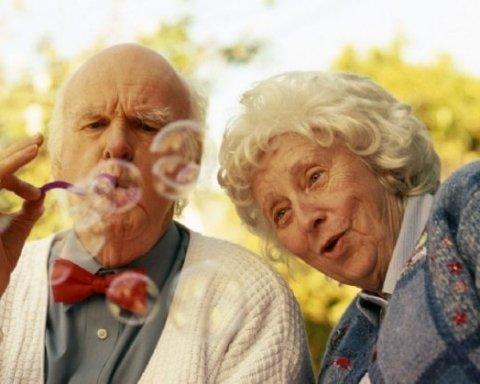 Почему мужчины живут меньше чем женщины: медики объяснили