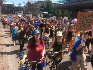 У Гельсінкі розпочалися акції протесту проти саміту Трампа з Путіним