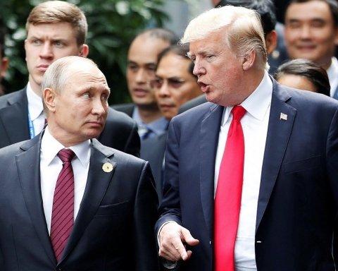 Зато весело: знаменитую статую на  Уолл-стрит «украсили» Путиным и не только