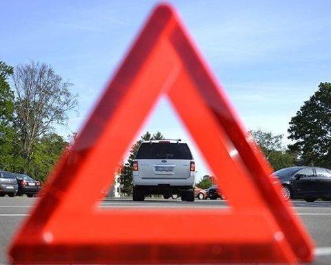 Кривава ДТП сколихнула Німеччину: зіткнулися 10 автомобілів, є загиблі