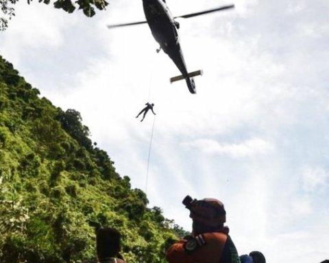 Українець став учасником рятувальної операції з визволення дітей із затопленої печери в Таїланді