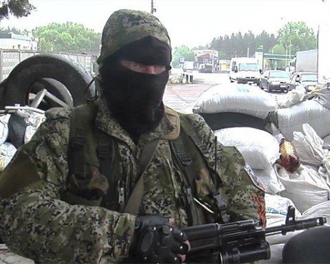 Окупанти стягують війська і техніку під Луганськ: з'явилися дані