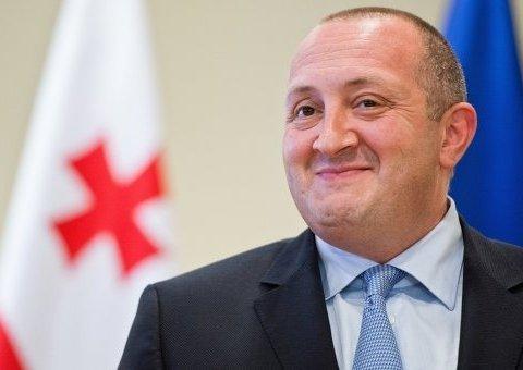 """Президент Грузії висловився про """"сюсюкання"""" з РФ"""