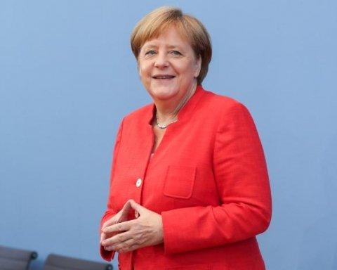 Меркель кудись загадково зникла: німці б'ють на сполох