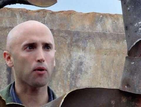 Кремлевский пропагандист Филлипс после задержания «набросился» на посольство Украины