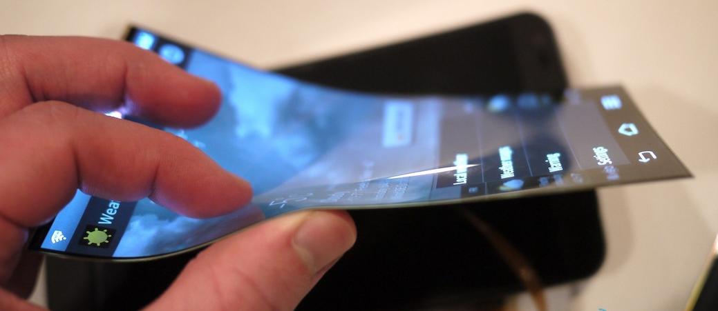 В Sony объяснили, что мешает выпуску «гибких» смартфонов