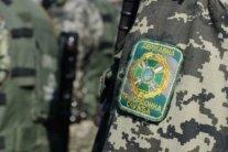 Сумские пограничники автоматами останавливали грузовик из России: подробности