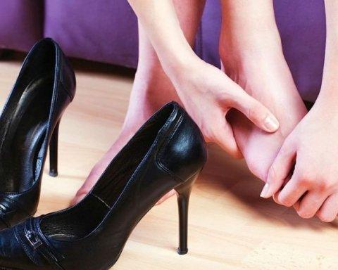 Какие продукты помогут избавиться от отеков ног