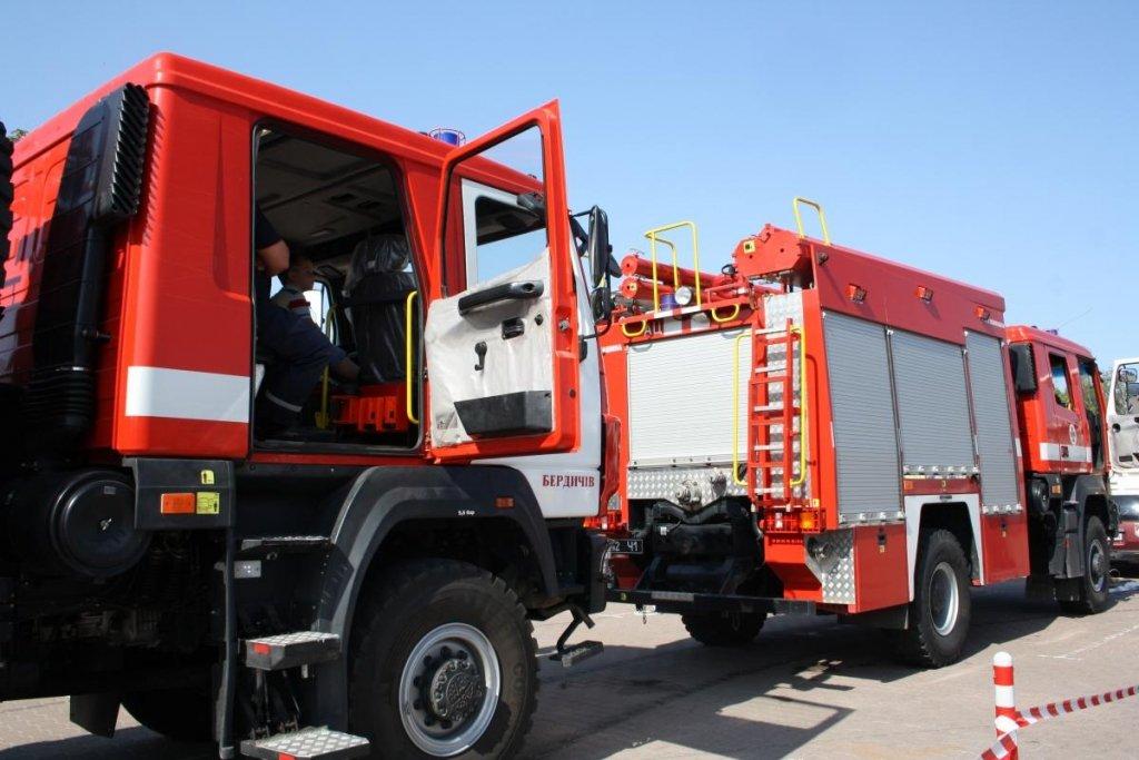 Житомирський богатир протягнув вантажівку вагою 42 тонни та встановив рекорд