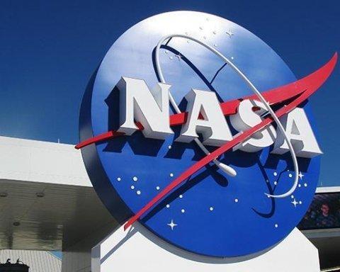 Уличный космонавт: NASA представило линейку одежды в честь 60-летия