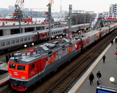 У Медведева готовятся ответить на железнодорожную блокаду со стороны Украины