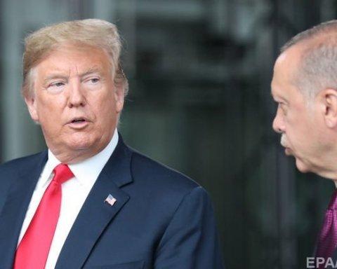 Трамп рекордно обвалил турецкую лиру