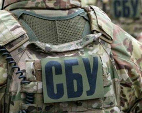 Військовослужбовці розпродавали вибухівку з військових частин
