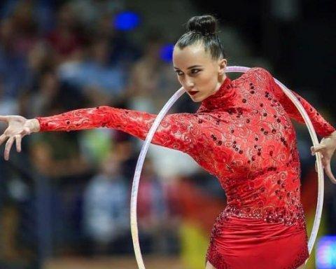 Украинская чемпионка мира по художественной гимнастике завершила карьеру