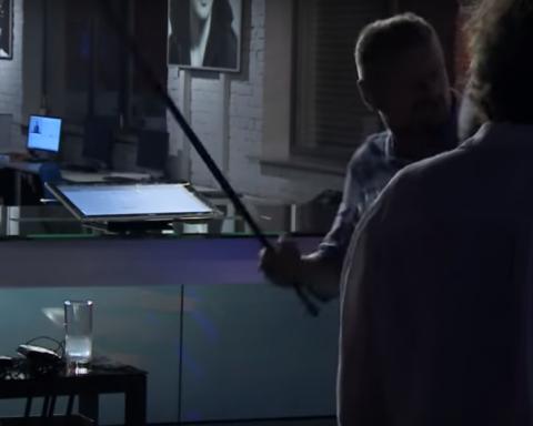 Страной управлять — это не на гей-парады ходить: на украинском ТВ подрались нардепы