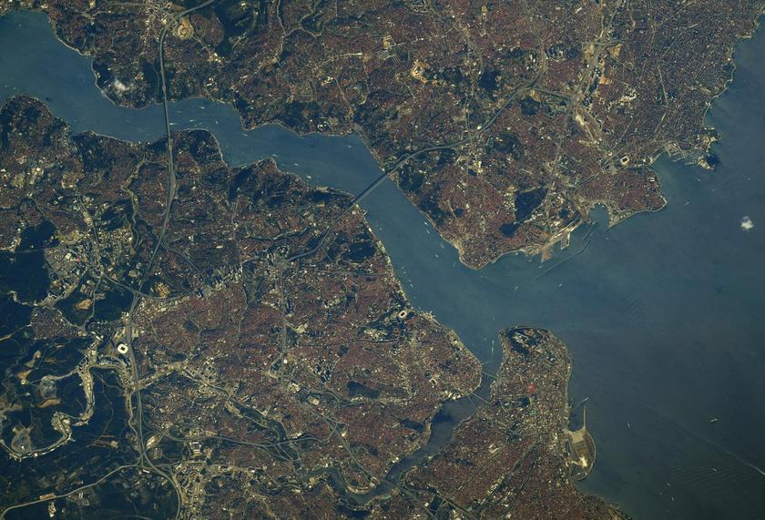 Крізь ілюмінатор МКС: астронавт NASA показав захоплююче фото Чорного моря