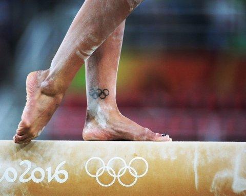 Раптово померла легендарна гімнастка, дворазова олімпійська чемпіонка