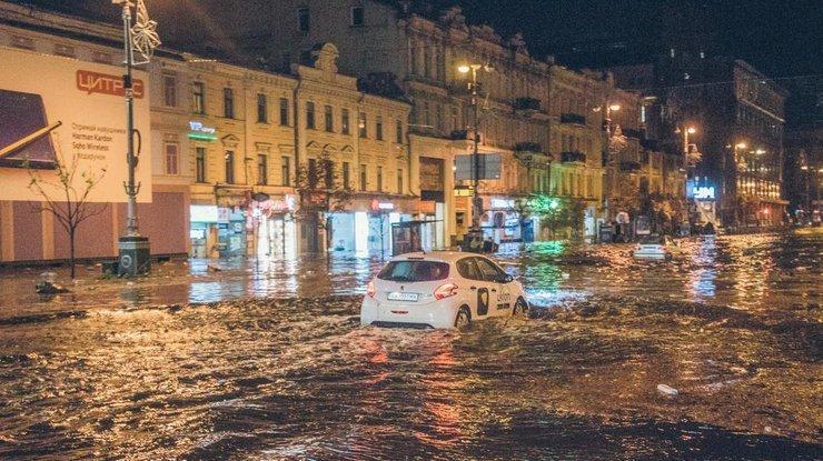 «Затопленный автомобиль»: есть ли шанс получить компенсацию