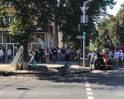 Кровавая авария в Сумах с участием полиции: опубликовано видео с места происшествия
