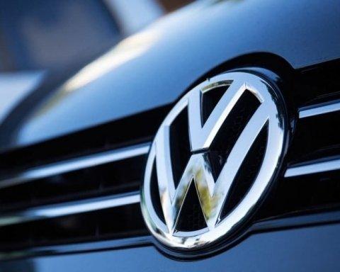 Фатальна несправність: відомий автовиробник відкликає 700 тисяч машин
