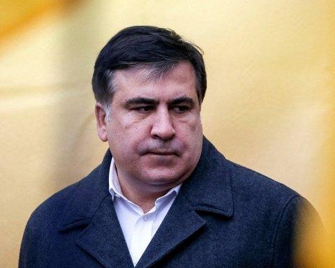 Саакашвили неожиданно встал на воинский учет в Киеве