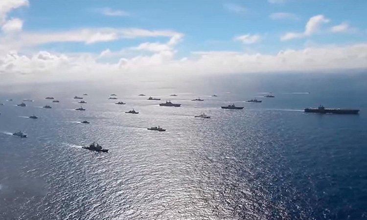 Загострення на Донбасі: військові кораблі США пливуть у Чорне море