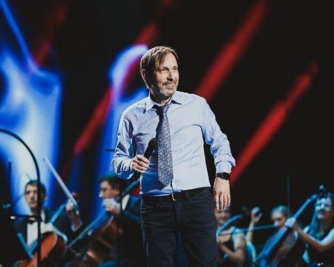 На его музыке выросли миллионы: известный певец оказался на грани смерти