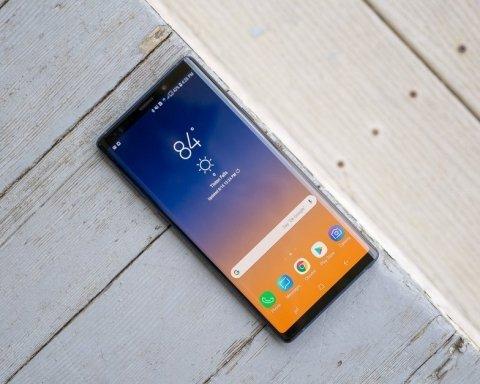 Новый смартфон Samsung Galaxy Note 9 уже стал рекордсменом