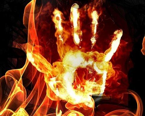 Кримчанин підпалив себе на знак протесту проти свавілля влади