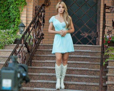 Супругу Медведчука Оксану Марченко освистали на презентации «Танцев со звездами»