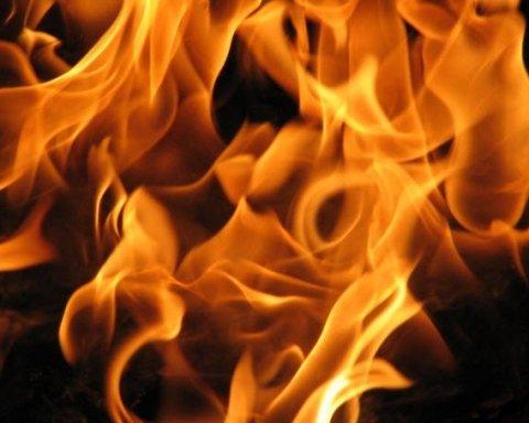На європейському курорті палають пожежі, десятки людей вже постраждали