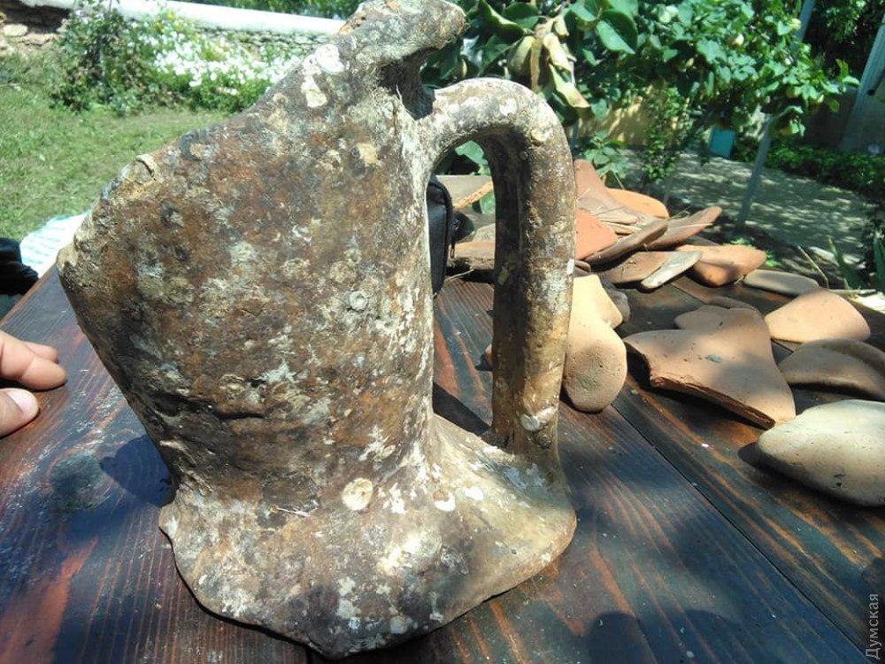 Під Одесою знайшли унікальні амфори, яким 2,5 тисячі років