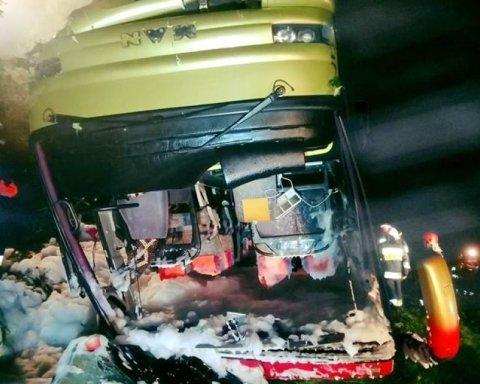 Смертельное ДТП в Польше: полиция подтвердила гибель украинцев
